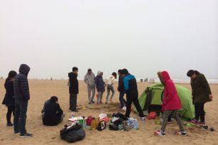 2015.3.27  我们在沙滩上…